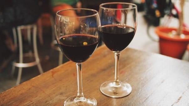 copa de vino tinto, copa de vino para tomar y compartir